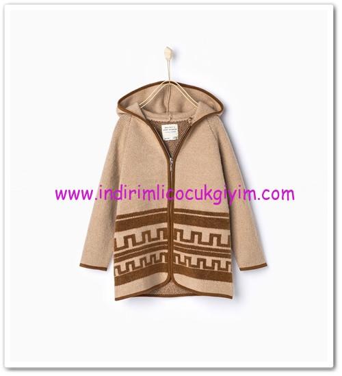 Zara kız çocuk desenli kapüşonlu hırka-100 TL