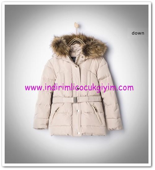 Zara kız çocuk kapşonlu kemerli kum rengi dolgu mont-166 TL