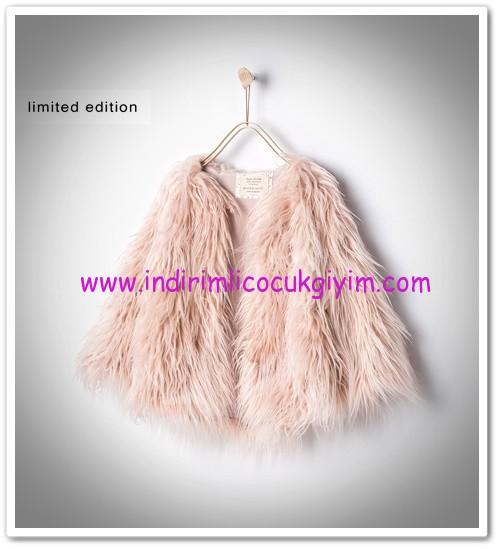 Zara kız çocuk taklit kürk pembe palto-150 TL