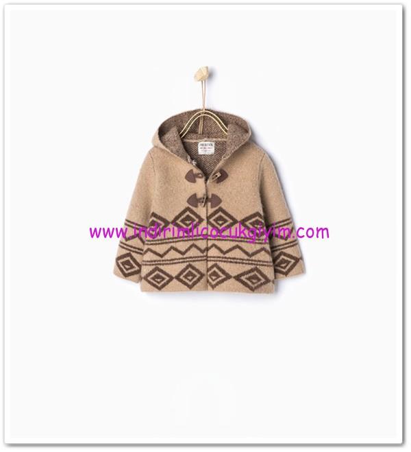 Zara kız bebek örme kapşonlu desenli ceket-80 TL
