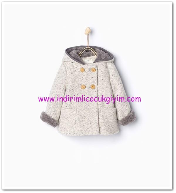 Zara kız bebek gri kapşonlu palto-130 TL