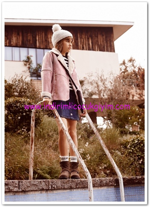 Mango kız çocuk pembe suni kürklü ceket-70 TL