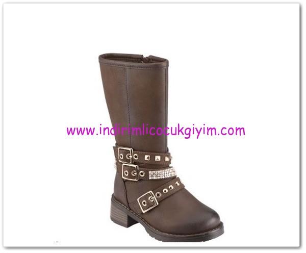 Polaris kız çocuk kahverengi fermuarlı çizme-90 TL