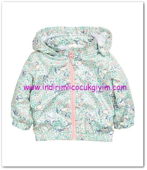 HM-kız bebek kapşonlu ceket-40 TL