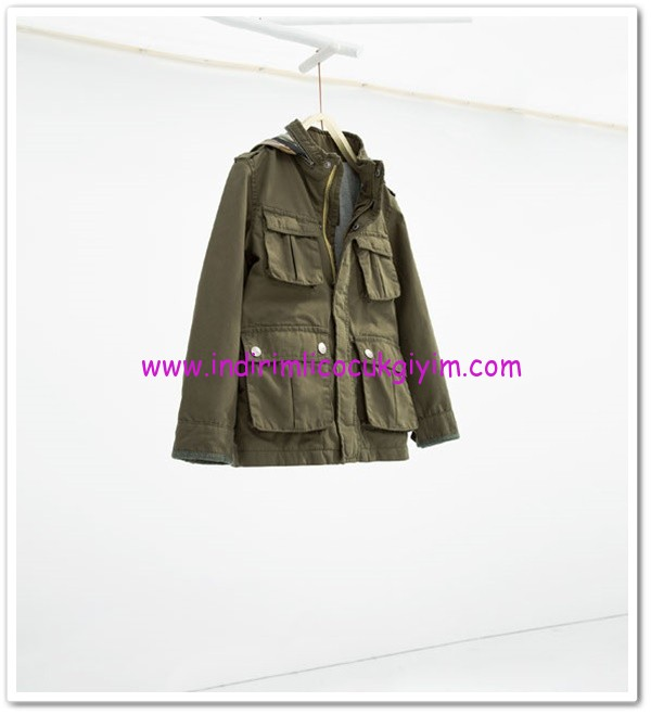 Zara erkek çocuk haki kapüşonlu parka-110 TL