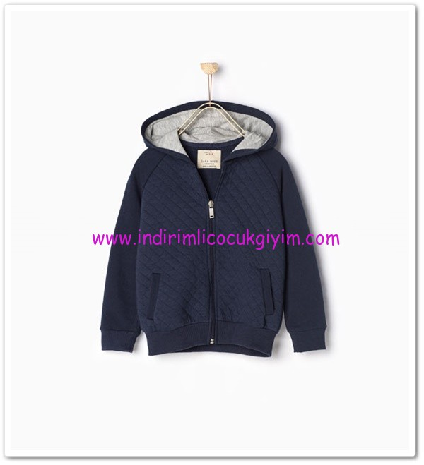 Zara erkek çocuk lacivert kapşonlu sweatshirt ceket-50 TL