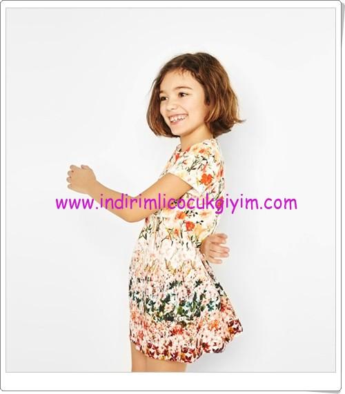 Zara kız çocuk mercan desenli elbise-90 TL