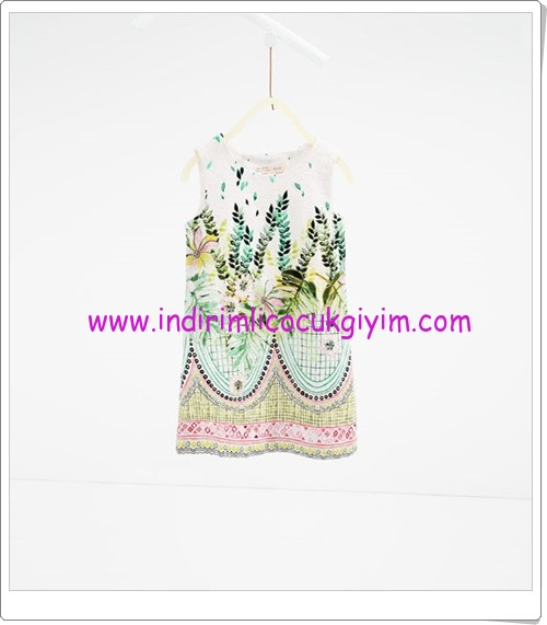 Zara kız çocuk yaprak desenli elbise-90 TL