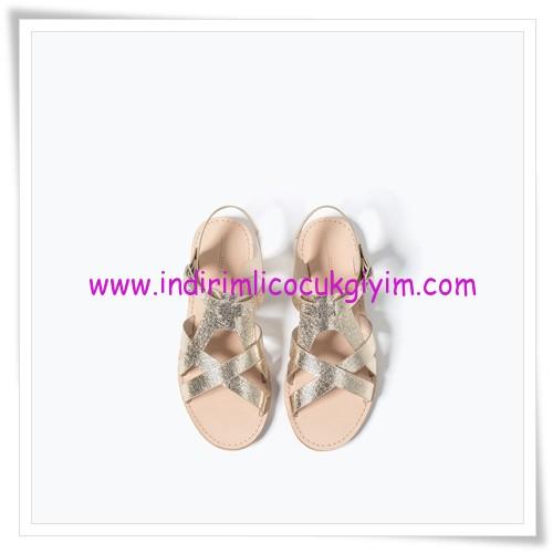 Zara kız çocuk metalik sandalet-86 TL