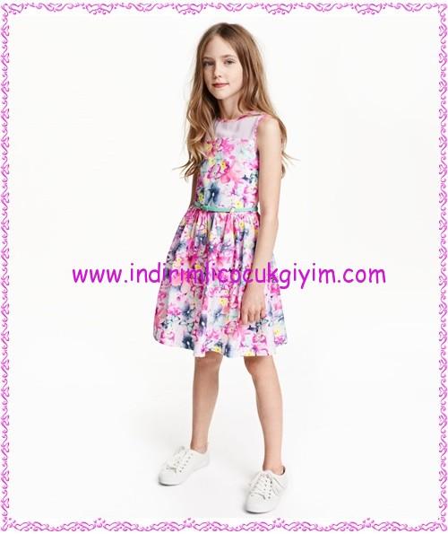 HM kız çocuk floral desenli elbise-70 TL