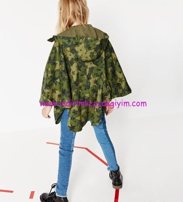 Zara kız çocuk kapüşonlu yeşil pelerin yağmurluk