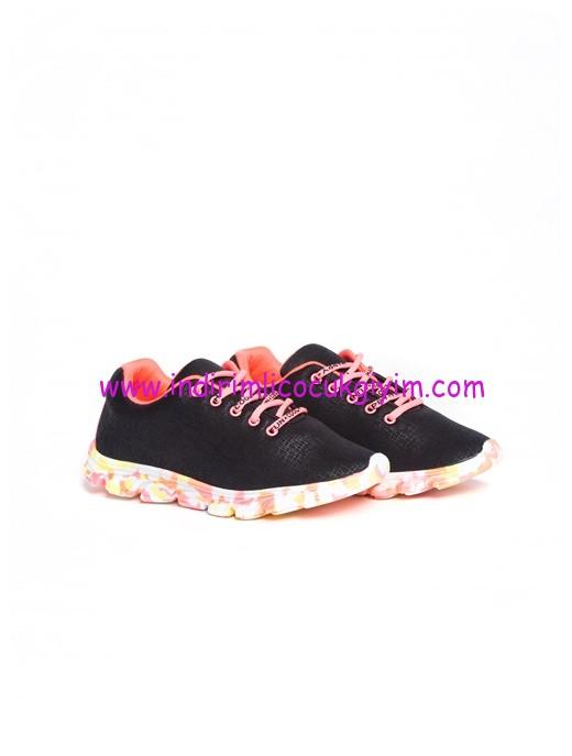 lc waikiki siyah bağcıklı kız çocuk spor ayakkabısı