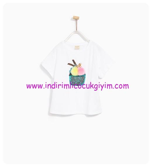 zara kız çocuk beyaz ponponlu tişört