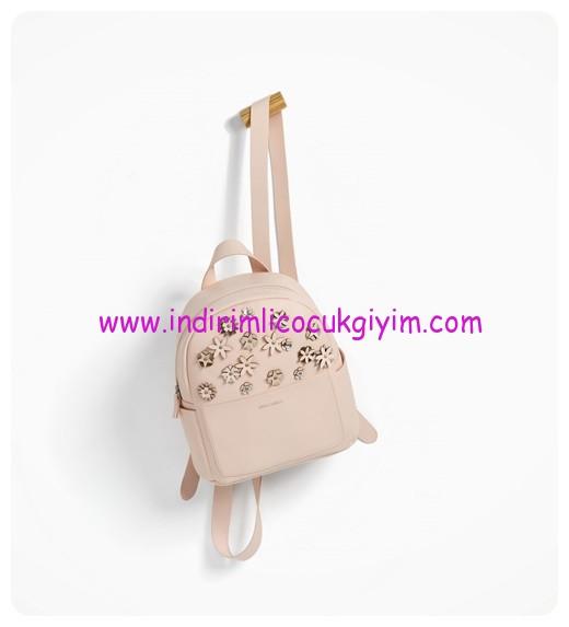 zara kız çocuk pembe çiçekli sırt çantası