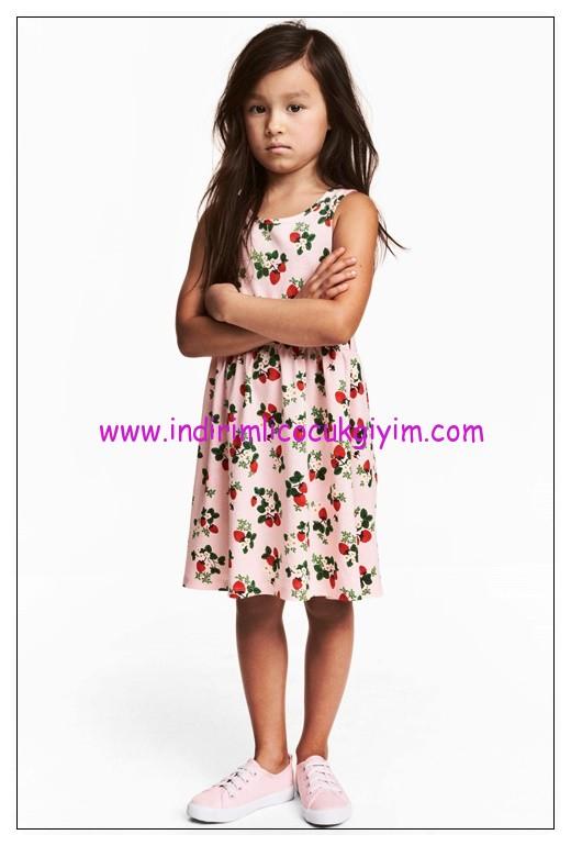 hm pembe çilek desenli kolsuz kız çocuk elbise